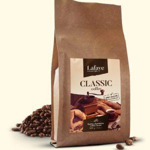 CLASSIC 500G 20,99 ZŁ Dzięki wspomnianemu połączeniu ziaren Arabiki i Robusty Indian Cherry, mieszanka idealnie nadaje się jako kawa poranna – również jako espresso. Robusta ma więcej kofeiny, więc daje trochę mocy, a ponadto jej ziemistość i gorycz może być czymś pożądanym w kawach do espresso.